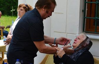 Neşe Karaböcek'i yıkan ölüm cenazede Orhan Gencebay ve Müjdat Gezen teselli etti