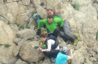 Ayı saldırısına uğrayan yaralı dağcı böyle kurtarıldı