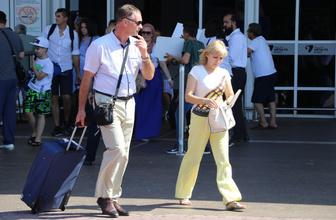 Antalya'ya truist akını turizmcilerin yüzünü güldürdü