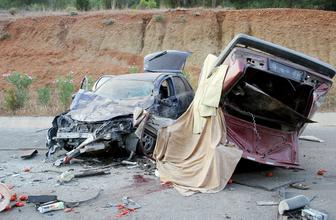 Muğla'da iki otomobil çarpıştı 2 ölü 6 yaralı