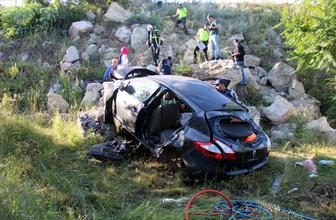 Kütahya'da trafik kazası: 2 ölü, 3 yaralı