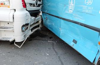 İstanbul Tuzla'da feci kaza 10 yaralı