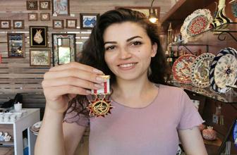 İznik'de çini sanatçısı madalyasını kaybeden gaziyi arıyor!
