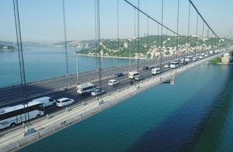 İstanbul'da FSM Köprüsü'nde yoğun trafik oluştu