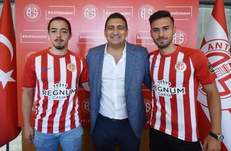 Antalyaspor'dan iki genç futbolcuya beşer yıllık sözleşme