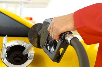 Benzin pompa fiyatlarında indirim yapıldı