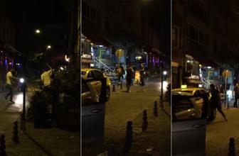Şehir zorbaları taksicinin kafasında şişe kırıp aracına zara verdiler