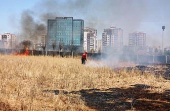 Diyarbakır'da anız yangınları bitmiyor