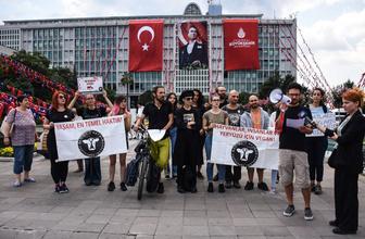 Adalar'da atlı fayton kullanılmasını protesto ettiler!