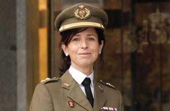 İspanya tarihinde ilk kez kadın general atandı