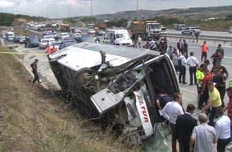 İstanbul'da Yeni Havalimanı istikametine seyreden servis aracı devrildi