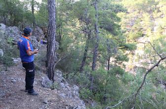 Antalya'da uçurumda erkek cesedi bulundu