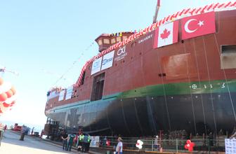"""""""Ocean Choise International"""" firması için inşa edilen """"Calvert"""" isimli Arktik Fabrika Balıkçı Gemisi denize indi"""