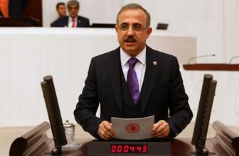 AK Partili Sürekli'den Tunç Soyer sözleri: Çiçek, böcek ve aşk ilk 100 gün böyle geçti