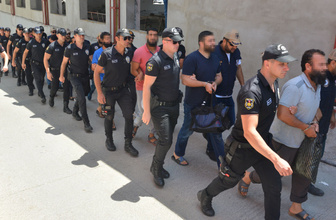 Adana'da DEAŞ'ın haraç çetesi şüphelileri adliyeye sevk edildi!