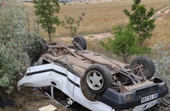 Sivas'ta seyir halinde lastik patladı: 6 yaralı