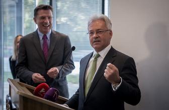 İngiltere'de maliyeden sonra AB Bakanı Alan Duncan da istifa etti