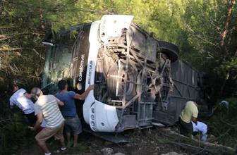 Antalya'da tur otobüsü devrildi: 25 yaralı
