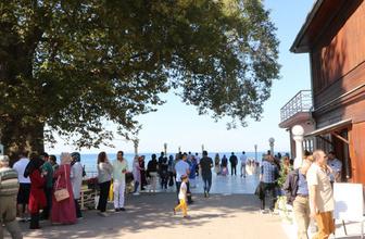 Yalova'daki Yürüyen Köşk'ü ziyaret edenlerin sayısı 30 bini aştı