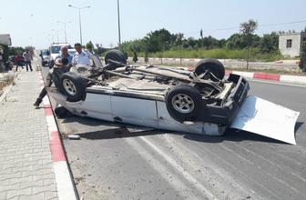 Mersin'de 6 takla atıp karşı şeride geçen araçtan sağ çıktı!