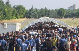 Bayram için ülkesine giden Suriyelilerin sayısı 18000'i buldu