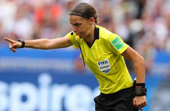 İstanbul'daki tarihi Liverpool-Chelsea maçının hakemi belli oldu! Maçı kadın hakem yönetecek
