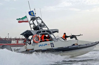 İran Basra Körfezi yakınlarında iki tekneye el koydu