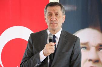 Milli Eğitim Bakanı Selçuk gençlik kampında öğrencilerle buluştu