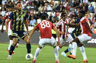 Fenerbahçe, Cumhuriyet Kupası'nda Sivasspor'a 2-1 yenildi