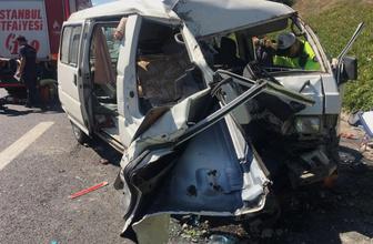 İstanbul Ümraniye TEM otoyolunda trafik kazası 3 yaralı