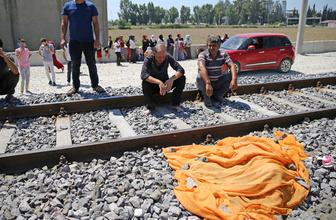 Adana'da 4 yaşındaki çocuk trenin altında can verdi korkunç kaza