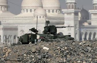Yemen'de Cumhurbaşkanlığı Sarayını ele geçirdiler