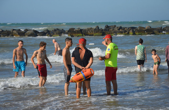 Sakarya'nın Karadeniz kıyısındaki ilçelerde denize giriş yasaklandı