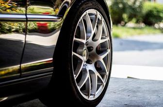 Sıfır araba 5 parça boyalı çıktı! Sahibi dava açtı mahkeme kararını verdi