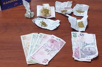Parkta uyuşturucu satan 2 şüpheli tutuklandı