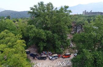 Tam 2 bin 700 yaşında deniyor Antalya'ya gelen turistlerin ilgi odağı oldu