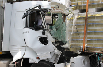 Eskişehir'de zincirleme trafik kazası 2 yaralı