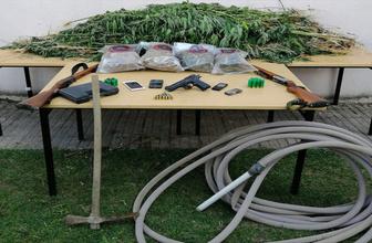 Çanakkale'de ormandaki uyuşturucu drone ve foto kapanla bulundu!