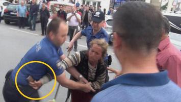 Sakarya'da dilenci kadın polisin tabancasını almaya kalkıştı ile ilgili görsel sonucu