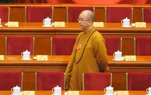 Çinli Budist başrahibe suçlama: 'Zihinlerini kontrol ettiği rahibeleri cinsel ilişkiye zorladı'
