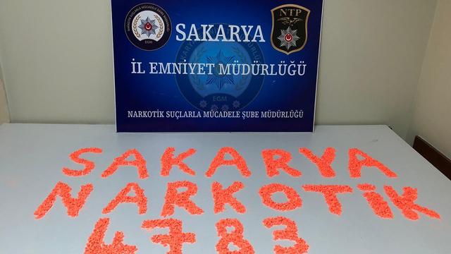 Sakarya'da 4 bin 783 adet ecstasy hap ele geçirildi