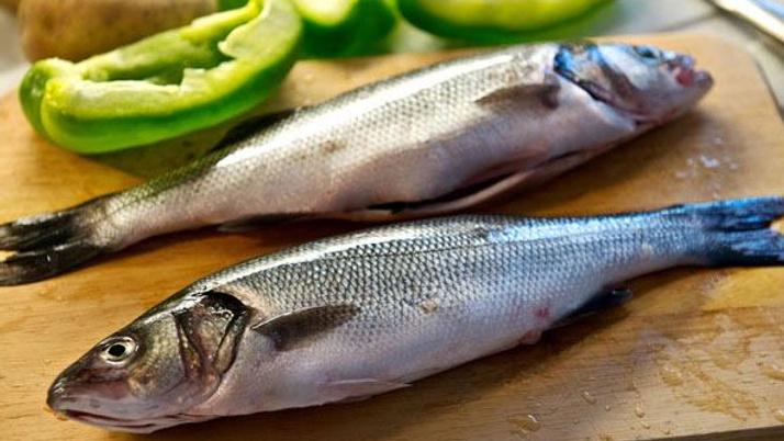Olumsuz hava koşulları balık fiyatlarını vurdu