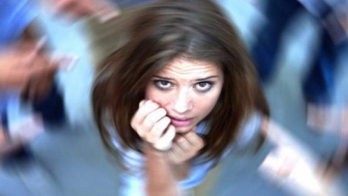 Panik atağın belirtileri nelerdir, sebepleri nelerdir? Panik atak nasıl tedavi edilir...