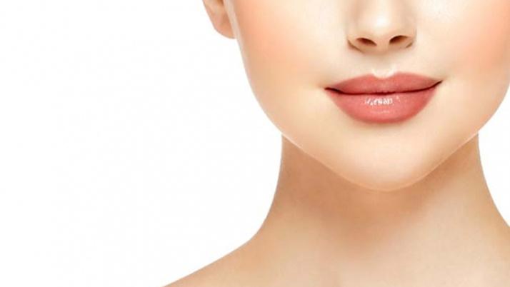 Lip lift (dudak kaldırma) ameliyatını kimler olabilir?