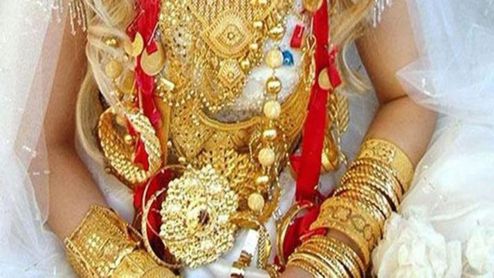 Altın fiyatları yükseldi, muhtarlar düğün piyasasına el attı