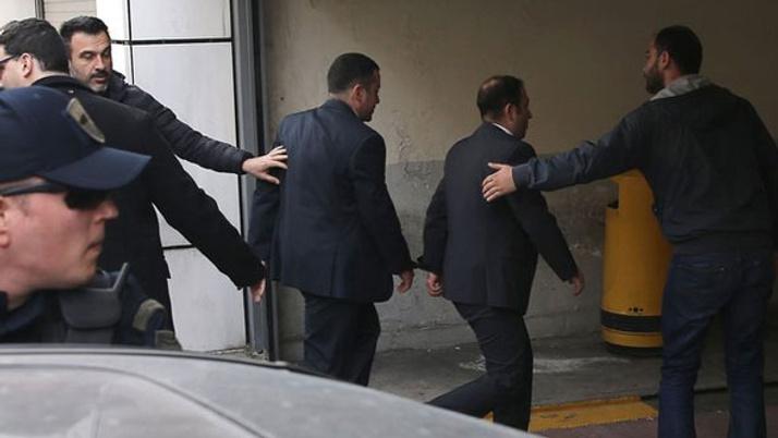 Yunanistan'daki darbeci 8 askerle ilgili dikkat çeken iddia