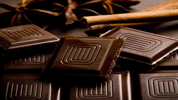 Bitter çikolatanın insan vücuduna faydaları nelerdir?