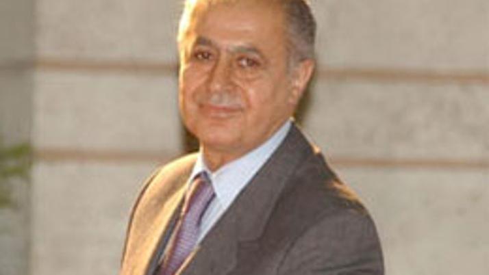 Ahmet Necdet Sezer'in 2 kızına şok