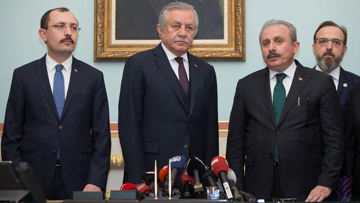 AK Parti'nin TBMM Başkan adayı Mustafa Şentop başvurusunu yaptı