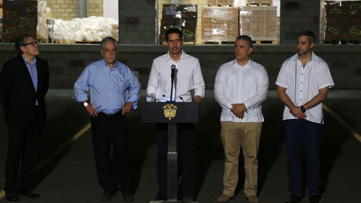 Guaido'dan Venezuela ordusunun kendisine yardım ettiği iddiası